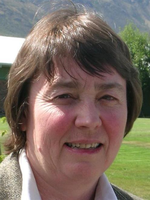 Dr Marion Poore