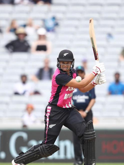 Suzie Bates in action for the New Zealand White Ferns. New Zealand Cricket is held up as a leading light for promotion of women in sport. Photo: Getty Images