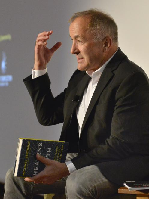 作家Michael Shermer在与奥塔哥大学约70人交谈时提出了一个观点......