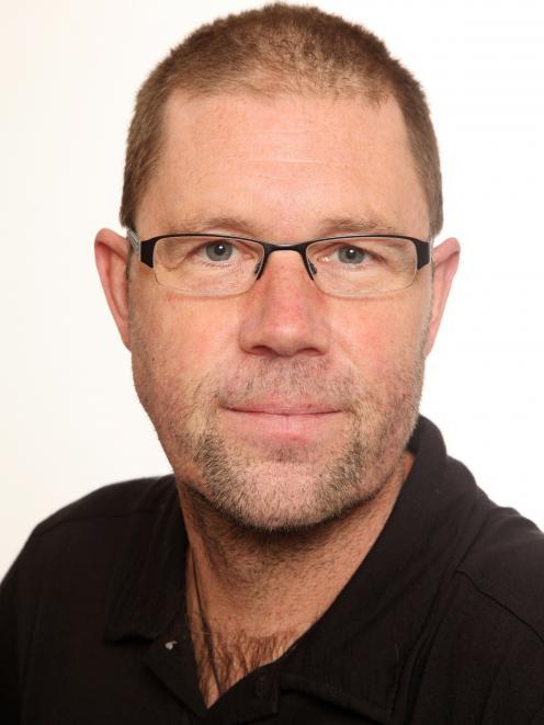 Dr Charles Merfield
