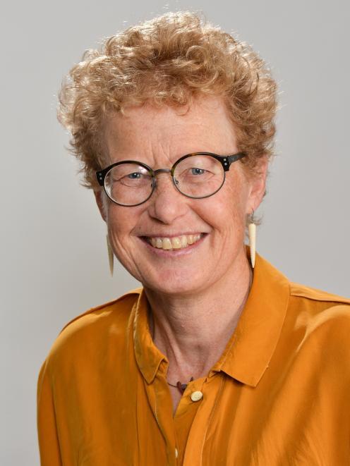 Dr Robyn Zink