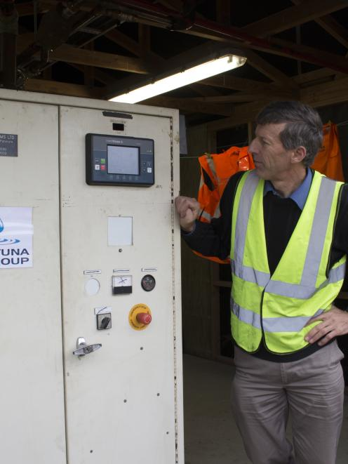 Dairy Green agricultural consultant John Scandrett explains the systems which turn methane to...