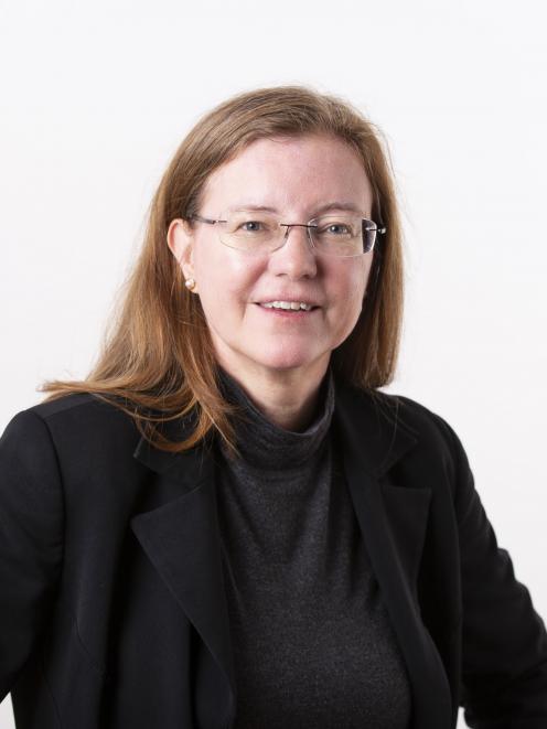 Prof Lisa Ellis...