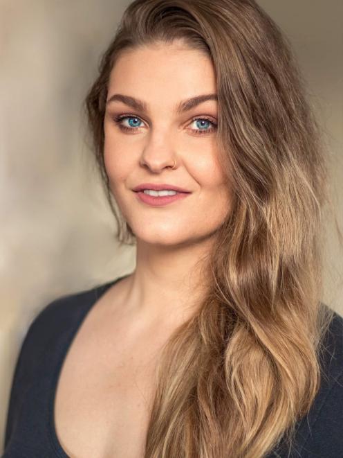 Rhiannon Cooper