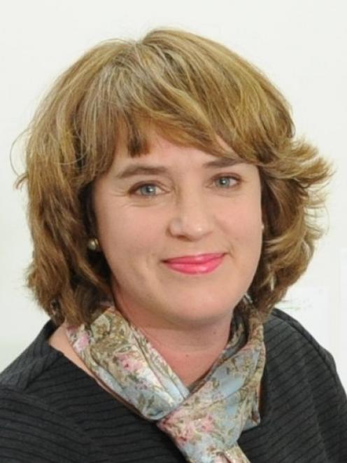 Dr Anna Campbell