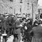 Sinn Feiners who took part in the Easter rebellion in Ireland talking to relatives trough the...