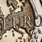 2_euro_coin_reuters.JPG