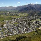 arrowtown_is_shown_in_this_aerial_view_photo_odt_f_5566244218.JPG