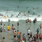 beach_paoople.jpg