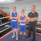 Boxing on ... Dunedin boxers Cherine Henry (left) and Bridget Morton share the ring with New...