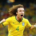 Brazil's David Luiz celebrates his goal against Colombia. REUTERS/Stefano Rellandini