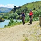 Cyclists on the Clutha Gold Trail. Photo by Peter McIntosh.