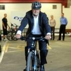 Dunedin Mayor Dave Cull  is  cycling to work every day this month, as part of Bike Wise Month...