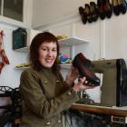 Dunedin shoemaker Lou Clifton. Photo by Gerard O'Brien