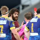 Jamie Mackintosh of Southland gets sent off by referee Jamie Nutbrown during the round seven ITM...