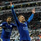 Jamie Vardy celebrates scoring for Leicester City to equal the record for scoring in consecutive...