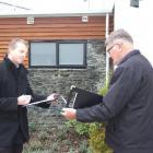 Judges Scott Jury, an architect, and Graham Coe, a builder, assess  a Wakatipu house. Entries...