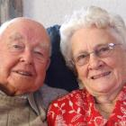 Lex and Lorna Meikle celebrate their 60th wedding anniversary today. Photo by Sally Rae.