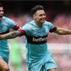 Mauro Zarate celebrates scoring the second goal for West Ham against Arsenal. Photo Reuters