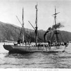 Nimrod, which took Lieutenant Shackleton's expedition to the Antarctic, steams up Lyttelton...