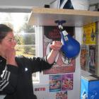 Reporter-turned-boxer Olivia Caldwell gives The Ultimate Boxing Challenge a go on Saturday...