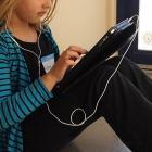 School_girl_with_an_iPad_6659992675.jpg