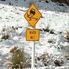 snow_closes_roads_around_the_region_4c212629a4_jpg_557cfe76ee.jpg