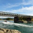 The Beaumont bridge over the Clutha River. Photo by Stephen Jaquiery.