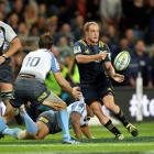 The Highlanders need to pick the right time to play an open, attacking game, says Jeff Cheshire....