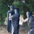 ghouls_practise_their_spooky_moves_on_vanya_rouse__57482570ed.jpgcrio1.jpg