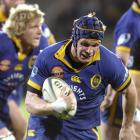 Flanker Josh Blackie is on the charge for Otago in 2006 at Carisbrook. Photo: Peter McIntosh.
