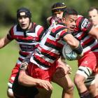 Counties Manukau's Augustine Pulu runs the ball up against Canterbury. Photo Getty Images