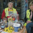 Daffodil Day Te Anau volunteers Jocelyn McGarry and Joy Ballard at one of the stations. Photo:...
