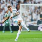 Real Madrid's Toni Kroos takes a shot at goal earlier this season. Photo: Getty Images