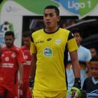 Indonesian goalkeeper Choirul Huda of the Persela Lamongan soccer club. Photo: Antara Foto...