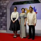 Jacinda Ardern poses with Philippines President Rodrigo Duterte and Honeylet Avancena as she...