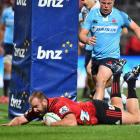 Joe Moody dives over to score for the Crusaders against the Waratahs. Photo: Getty