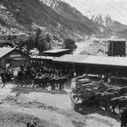 Coaches carrying the West Coast party arriving at Otira for the tunnel-piercing ceremony. - Otago...