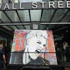 The Pink mural arrives at Wall Street Mall this morning. Photo: Stephen Jaquiery