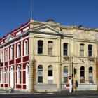 An empty heritage building back on the market in Jetty St. Photo: Gerard O'Brien