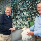 Palle Petersen, of Bloch and Behrens (left), and PGG Wrightson Wool general manager Grant Edwards...