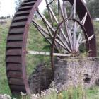 The Phoenix Mill water wheel at the Mill Rd reserve in Oamaru in 2011. Photo by David Bruce.