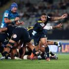 Highlanders halfback Aaron Smith will miss six weeks with injury. Photo: Getty Images