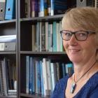 Dr Denise Powell
