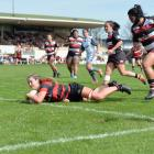 Loose-forward Alana Bremner scored a double to help Canterbury to a 31-22 come from behind win...