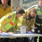 All personnel at the site sign in as part of the co-ordinated incident management system.