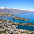 Weary Aussie firefighters have been offered free accommodation in Queenstown. Photo: Getty Images...
