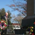 Ashburton RSA vice-president Allan Johnstone lays a wreath for Anzac Day 2020.