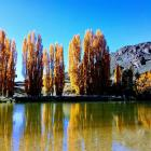 Autumn tones along the Manuherikia River near Alexandra. Photo: Rae Easton