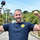 Dunedin surveyor Toby Stoff's made an incredible effort to return Baldwin St's world record....